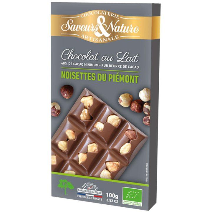 Био шоколад млечен с цели лешници 100г